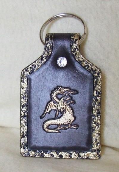 porte-clé noir antique dragon doré tour décoré or