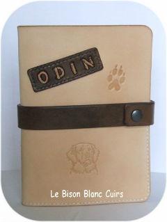 protège carnet de santé en cuir chien chat furet animal de compagnie à personnaliser porte canet de santé Odin