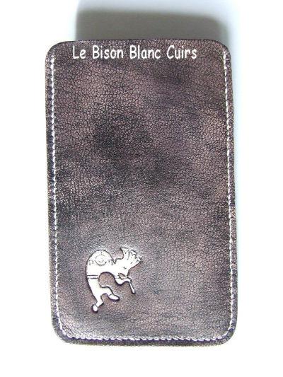 Housse pour téléphone portable GSM Xperia Ray en cuir pleine fleur de chèvre teinté à la main et personnalisé cuir veritable de chèvre recto vide