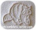 motif mini raton laveur frappé sur cuir naturel tanné végétal pour personnaliser articles en cuir artisannaux